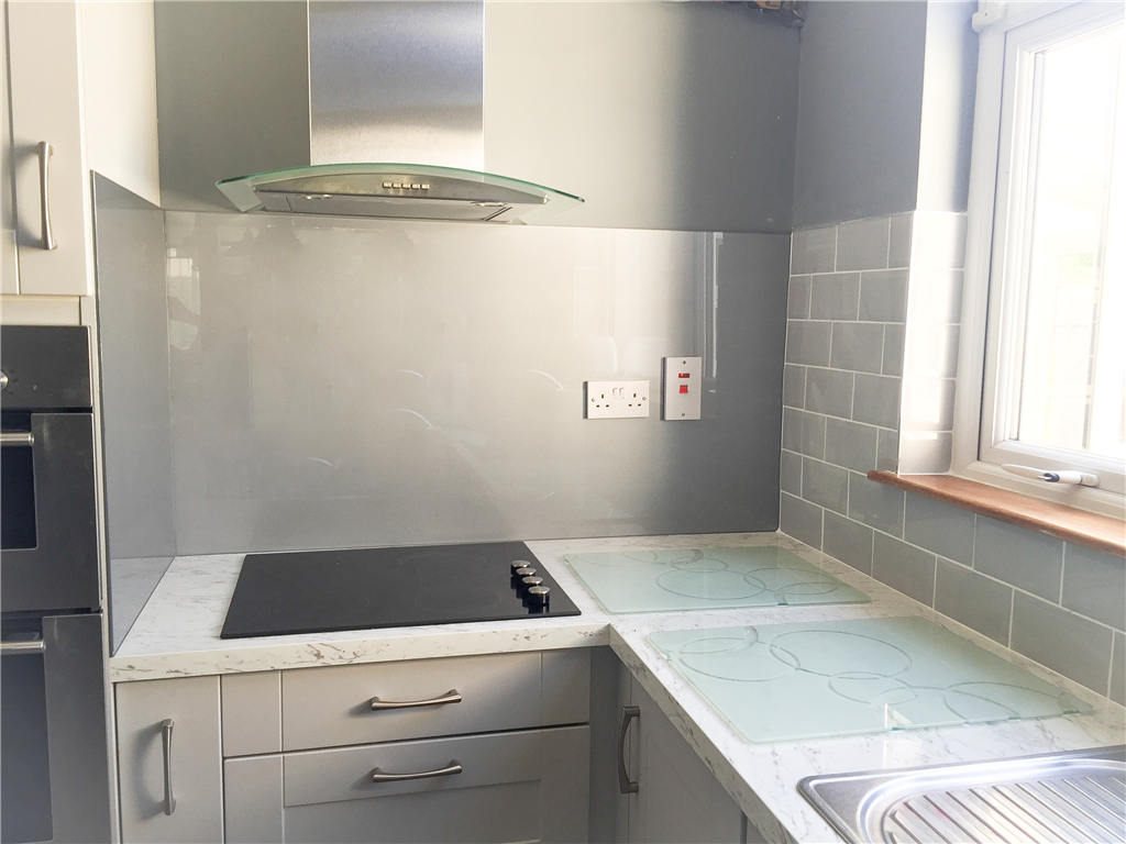 Silver Grey Kitchen Splashback Gallery Image