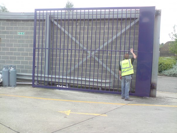 large security gates Gallery Image