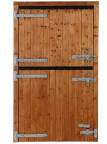 Installation tips for timber gates in Galway